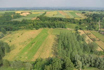 Wandelen tussen Jeker en Maas - Roclenge-sur-Geer, startplaats Place Louis Piron (blauw)
